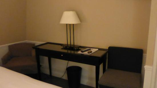 Hotel le Lavoisier: chambre