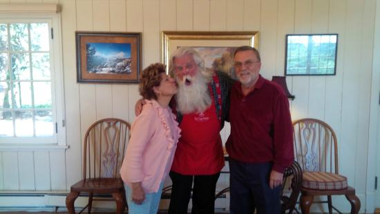 Red Crags Estates: Mommy Kissing Santa Clause