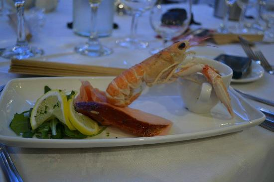 Ardshiel Hotel: KIntyre Seafood selection with Prawn Bisque