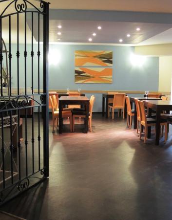 le restaurant mona lisa caf du val h tel photo de val. Black Bedroom Furniture Sets. Home Design Ideas