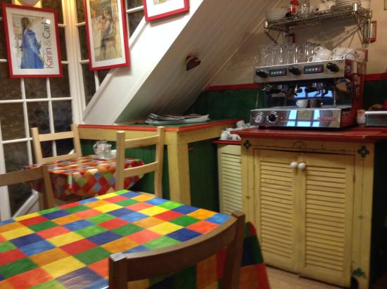 Larsson's Coffee House & Creperie : More inside