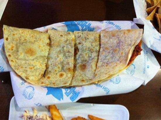 El Fish Market: Grilled seafood quesadilla