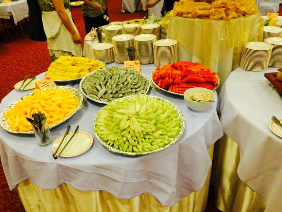 Thong Tarin Hotel: ผลไม้