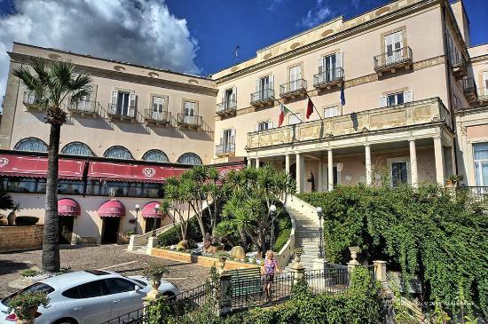 Grand Hotel Villa Politi: view of the hotel