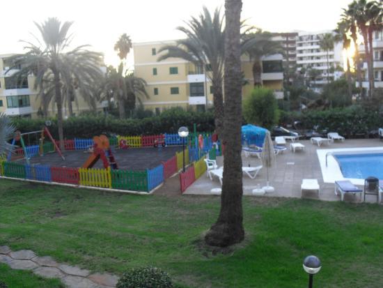 Balc n 2 picture of jardin del atlantico playa del for Jardin ingles