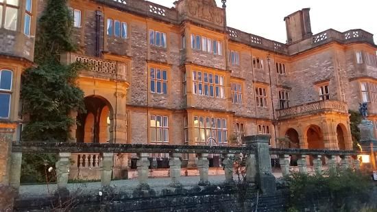 Eynsham Hall Hotel: A beautiful house