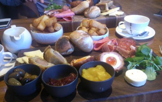 The Lawns Restaurant at Thornton Hall: Ploughmans Lunch