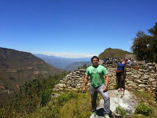 Eagle Tours: Kuelap Chachapoyas (y)