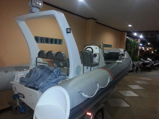 Pada Hotel : our boat