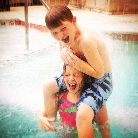 Hampton Inn & Suites Chattanooga / Downtown: Heated pool, YES!