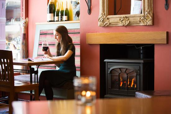 Cafe Bar 26