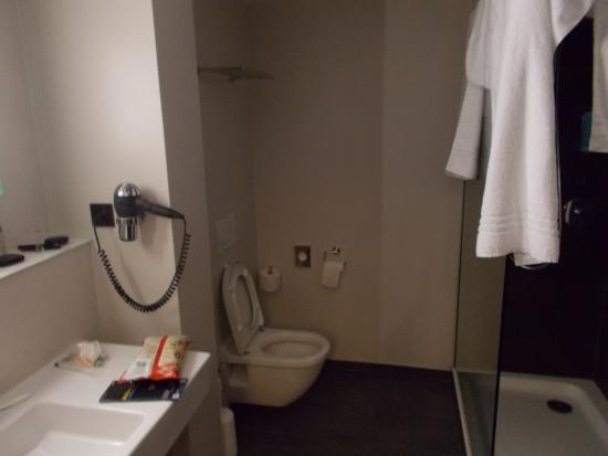 Hotel Cristall: Comfort bathroom
