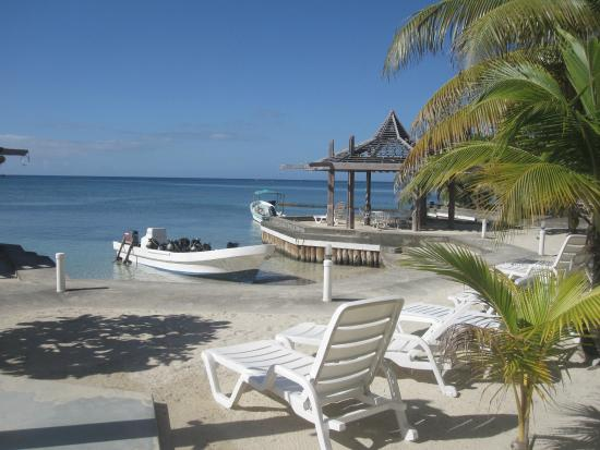 West Bay, Honduras: .