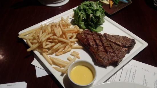 Muster Bar and Grill: T-Steak Set