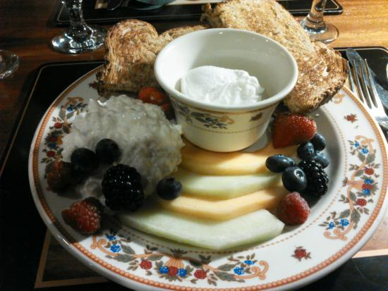 The Desmond Hotel Albany: Simpson's healthy breakfast