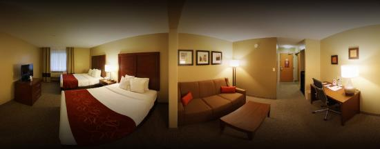 Comfort Suites Airport: Deluxe Queen Suite Panorama