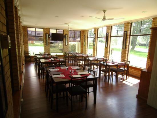 Blayney Goldfields Motor Inn: Dining