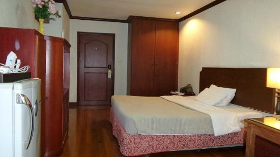 The Victory Executive Residence: Room