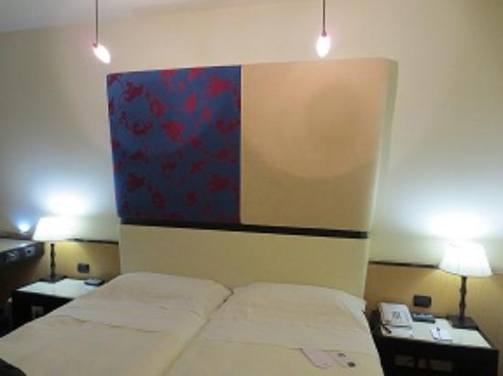 UNA Hotel Malpensa: 室内
