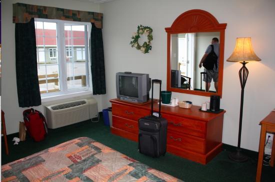 Fisherman's Landing Inn : Room