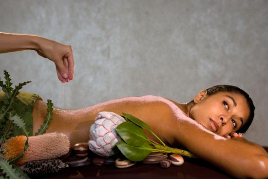 Exclusive Spas at Peppers Beach Club Port Douglas: Salt scrub
