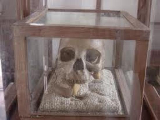 Ruaha National Park: Mkwawa`s skull