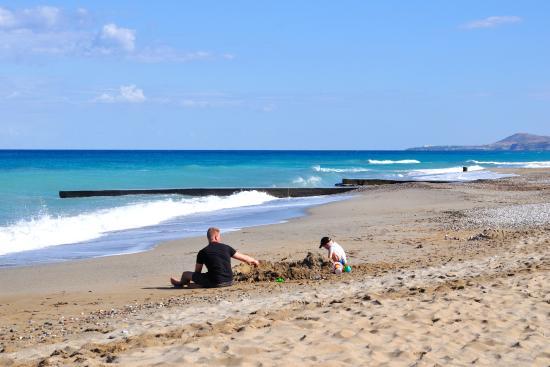 Rethymno Sunset Hotel: Ближайший к отелю пляж