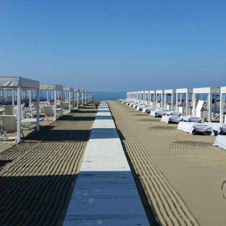 Villa Grey: Beach
