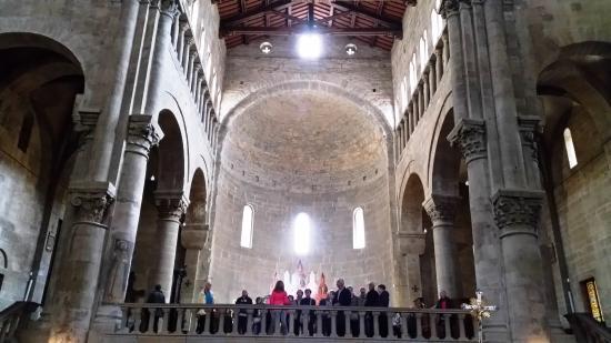 Il polittico di pietro lorenzetti del 1320 foto di santa for Perla arredamenti santa maria degli angeli