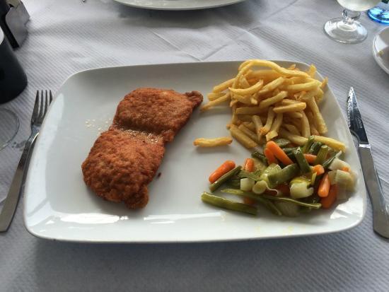 La Farola: Pork escalope