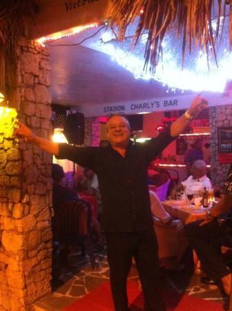 Charlys Bar im Club Residencial