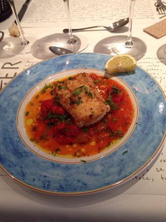 La Fringale Filet de merlu sauce basquaise
