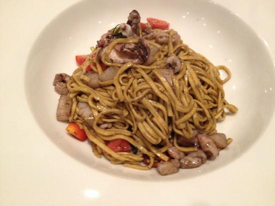 Il Clandestino: Seafood pasta?