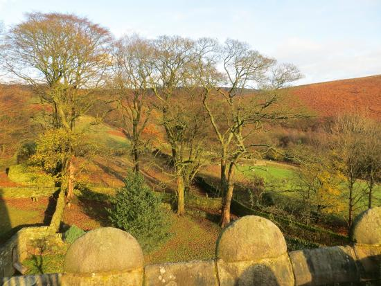 North Lees Hall: A view from the roof
