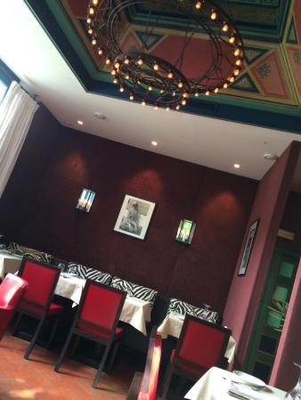 El Morocco Club: Inside