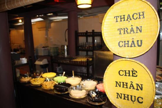 HanoiKids Free Tour: Quan An Noon Restaurant