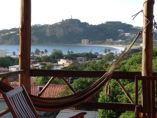 Buena Onda Backpackers : view from patio