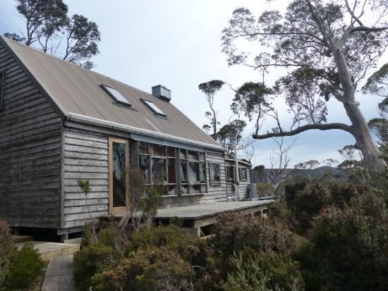 Cradle Mountain Huts: The Hut