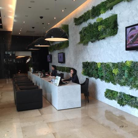 S31 Sukhumvit Hotel: Reception