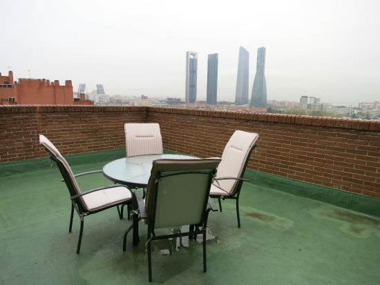 SYTB&B Luxury Bed & Breakfast: La terraza