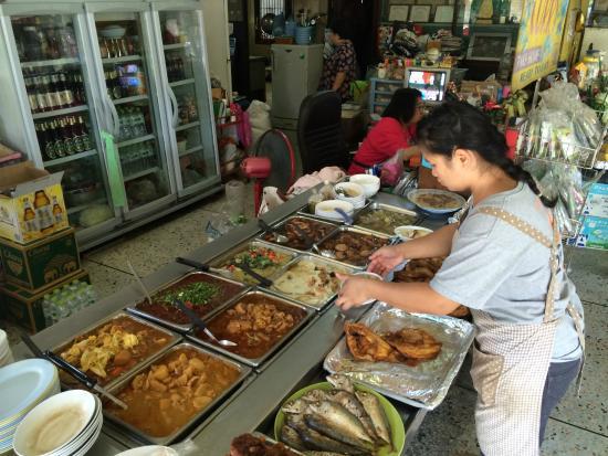 Aroon (Rai) Restaurant: De nombreux plats au menu