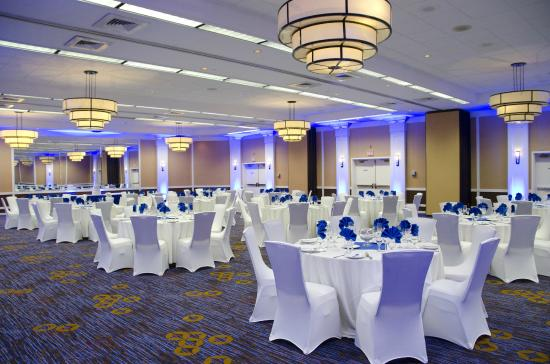 Courtyard Waterbury Downtown: Newly Remodeled Ballroom