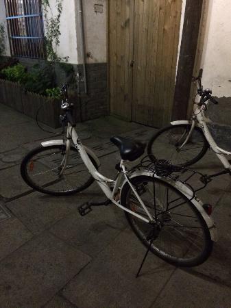 Wushanyi Youth Hostel : Vélo cher et de mauvaise qualité