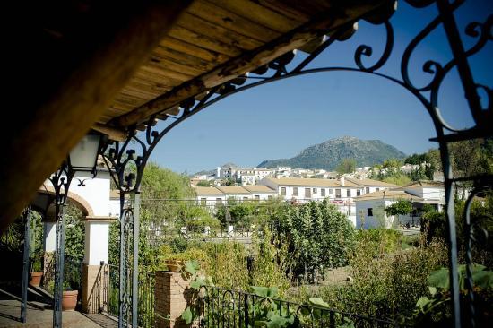 Hotel Enrique Calvillo: Sierra Albarracín desde Habitación