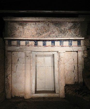 Tombe e museo di Vergina - Picture of Museum of the Royal ...