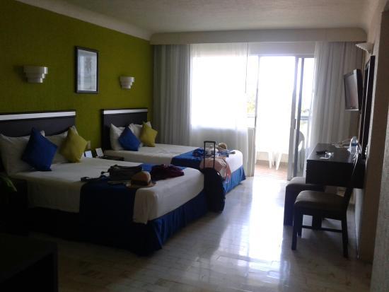 Aquamarina Beach Hotel : Habitación doble