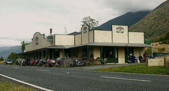 Jacksons Tavern
