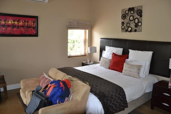 Plumwood Inn: Bett