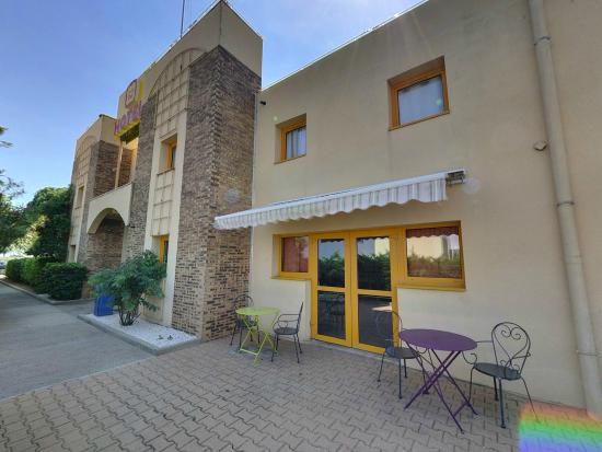 P'tit Dej-Hotel Béziers : hôtel
