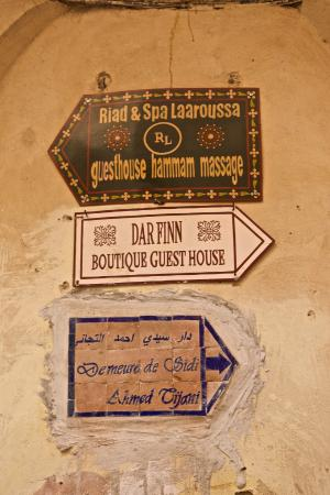 Dar Finn : Well signposted in the medina